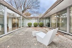 mcm,mid century,mid century architecture,glass house