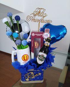 Birthday Bouquet, Diy Birthday, 1st Birthday Parties, Creative Gift Baskets, Creative Gifts, 25th Anniversary Gifts, Birthday Surprise Boyfriend, Diy Food Gifts, Baby Shower Photo Booth