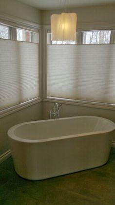 Free standing soaker tub .