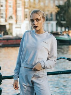 100% Organic Cotton (GOTS certified) Cropped sweatshirt fit with long sleeves and a crew neckline. - Green Fashion by NOUMENON #vegan #veganfashion #ethicalfashion