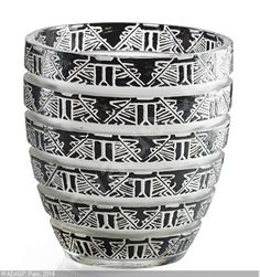 1926. R,Lalique. Lagamar Vase - Rago