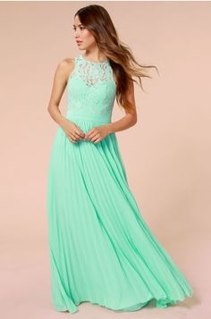Love this mint green lace maxi dress.  Found here: http://shrsl.com/?~5z5o