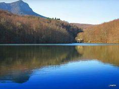 El llac de Santa Fe del Montseny. Vallès Oriental,  Catalonia