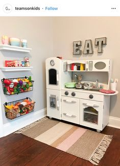 Pin By Do Joseph On Playhouselove In 2019 Small Playroom Room - Kids Playroom