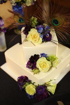 Peacock theme cake...simple elegance