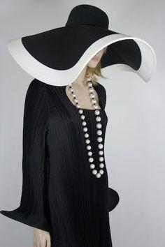 ... Retro Racks, Blackandwhite, Black White Hat, Women Hats, Black And White Hats, Supersized Hats, Fashion Hats, Floppy Hats