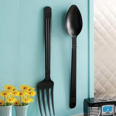 Large fork and spoon set for the wall (will wait impatiently until it's in stock again)