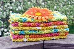 Etsy'sHandmadeByAnnabelle did a great job on these #crochet dishcloths