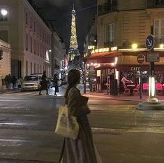City Aesthetic, Travel Aesthetic, Aesthetic Vintage, Places To Travel, Places To Go, Paris 3, Paris Ville, Paris Travel, Dream Life