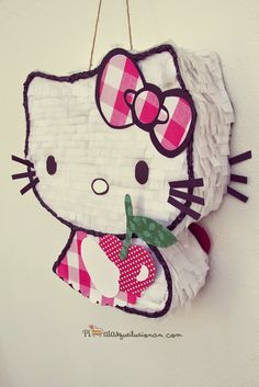Piñata Hello Kitty Cereza