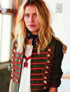 Dree Hemingway wearing a military Sgt Pepper's Beatles inspired jacket Dree Hemingway, Military Inspired Fashion, Military Fashion, Fashion Themes, Fashion Outfits, Womens Fashion, Fashion Design, Diy Fashion, Band Jacket