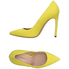 Marco Barbabella Court (1,180 PEN) ❤ liked on Polyvore featuring shoes, pumps, yellow, spiked heel pumps, yellow shoes, yellow pumps, animal pump and animal shoes