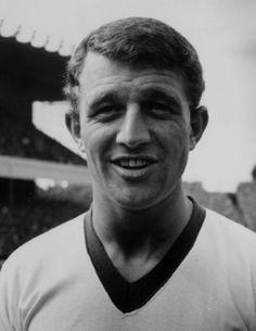 وفاة لاعب مانشستر يونايتد السابق ديفيد هيرد - كووورة