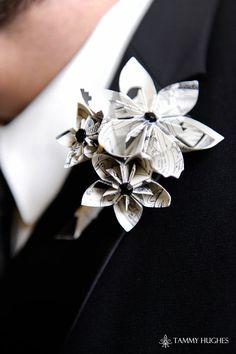 Beautiful boutonnieres!  Keywords: #boutonnieres #jevelweddingplanning Follow Us: www.jevelweddingplanning.com  www.facebook.com/jevelweddingplanning/