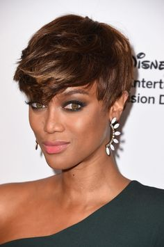 Short haircut with Golden Highlights on Dark Brown Base