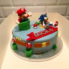 Super Mario and Sonic cake