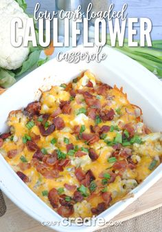 Low Carb Meals This Keto friendly low carb loaded cauliflower casserole is sure to be a hit! - This Keto friendly low carb loaded cauliflower casserole is sure to be a hit! Low Carb Keto, Low Carb Recipes, Diet Recipes, Cooking Recipes, Healthy Recipes, Easter Keto Recipes, 7 Keto, Vegetarian Cooking, Paleo