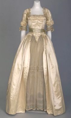 Edwardian Wedding Gown 1916-- a little too late for the times looks circa 1890