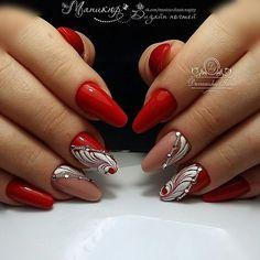 and Beautiful Nail Art Designs Red Nail Designs, Nail Polish Designs, Fancy Nails, Pretty Nails, Nail Noel, Nail Art Arabesque, Nail Ink, Fire Nails, Round Nails