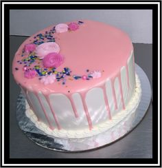 White Buttercream, Buttercream Filling, Frosting, Marble Cake, Holiday Cakes, Round Cakes, Classic Collection, Birthday Cake, Party Ideas