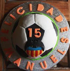 Tarta Balon de futbol del Valencia CF /Chocolate cake soccer ball Valencia FC