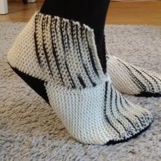Bed Socks, Baby Knitting Patterns, Mittens, Knit Crochet, Projects To Try, Crafty, Fashion, Shoes, Tights