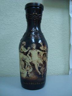 «Легким» движением руки бутылка превращется… http://dcpg.ru/blogs/2733/ Click on photo to see more! Нажмите на фото чтобы увидеть больше! decoupage art craft handmade home decor DIY do it yourself bottle