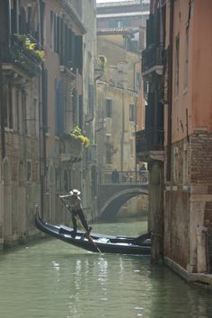 Most Beautiful Cities, Beautiful Buildings, Wonderful Places, Beautiful Landscapes, Venice Painting, Venice Italy, Places To Go, Nature Photography, Scenery