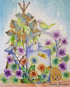 Instagram media tiatiajewjew - 野の花のぬり絵ブック5作目 キラキラはダイソーのグリッターグルのゴールドです✨写真の時は光の加減で光ります✨ . 関東は梅雨入りしましたね〜☔️ . 残念ながらこのページにはありませんが大好きな紫陽花の季節☔️ お部屋にも紫陽花を飾っています〜✨ . .  #塗り絵で被災地を励ましたい .  #野の花のぬり絵ブック#大人の塗り絵#大人のぬり絵#大人のぬりえ#大人ノ塗リ絵#ぬりえ#コロリアージュ#coloriage#coloringbooks#油性色鉛筆#水彩色鉛筆#ステッドラー#無印良品#色鉛筆#パステル#グリッターグル#ゴールド#ダイソー#キラキラ#ラメペン#小鳥#花#マリアトロッレ#wildflowers