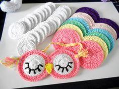 Firefly Crochet by Chieu: Sleepy Owl sleeping mask - Mặt nạ cú đi ngủ (pattern) … Crochet Eyes, Crochet Diy, Crochet Home, Love Crochet, Crochet For Kids, Crochet Crafts, Yarn Crafts, Cotton Crochet, Single Crochet
