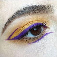 Make Up - Eye makeup in yellow Gen Z and ultraviolet. Makeup Goals, Makeup Inspo, Makeup Art, Makeup Inspiration, Makeup Tips, Beauty Makeup, Makeup Ideas, Fairy Makeup, Mermaid Makeup