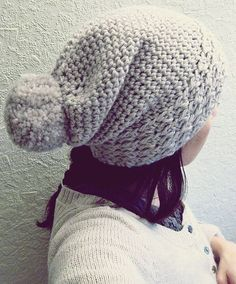 By  m.i.l.c.h.schaum Slouchy crocheted hat (free pattern) Super simple  pattern! Tried 8b11fc9ff880