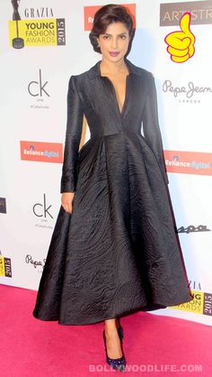 #PriyankaChopra proves yet again that she is one of the best dressed celebs in India