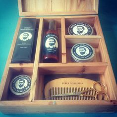 Percy Nobleman grooming box. First prototype. Fits the Percy Nobleman Beard oil, Beard wash, Beard balm, Moustache wax, Styling wax, Beard comb and Beard/moustache scissors.
