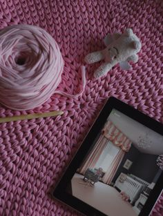 Source of inspiration, pink beauty for princess room. #knitting #rug #interior #cozy #design