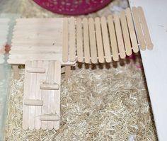 all sorts of craft ideas for the hams! Diy Gerbil Toys, Dwarf Hamster Toys, Hamster Diy Cage, Hamster Habitat, Hamster Care, Guinea Pig Toys, Hamster Diys, Hamster Stuff, Diy Hedgehog Toys