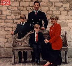 Prince Charles and Princess Diana pose with Princes William and Harry for their Christmas card, 1991
