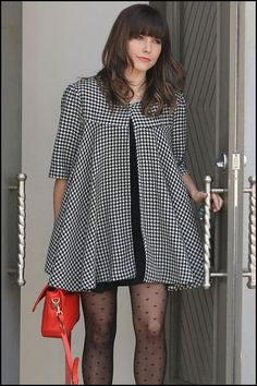 Take note gals, Sophia Bush is making a comeback – in fashion and on TV! Sophia stepped out in a lovely houndstooth cape, sheer heart printed hoisery and a bold, red bag. But also watch out for her in Charlize Theron's new produced tv show, Hatfields & McCoys.