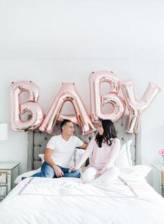 20 Creative Pregnancy Announcement Ideas for 2020 Ivf Pregnancy, Happy Pregnancy, Pregnancy Photos, Women Pregnancy, Funny Pregnancy, Pregnancy Clothes, Pregnancy Cartoon, Pregnancy Drawing, Pregnancy Countdown