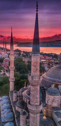 - Istanbul - - New Ideas Istanbul City, Istanbul Travel, Beautiful World, Beautiful Places, Grand Bazaar Istanbul, Perfect Road Trip, Beautiful Mosques, Islamic Architecture, Turkey Travel