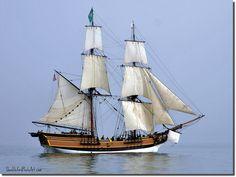 "Sailing brig ""Lady Washington""."