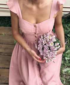 pink dress and flowers handmade fashion Gal Meets Glam Love Fashion, Vintage Fashion, Womens Fashion, Fashion Design, Fashion Gal, Pretty Dresses, Beautiful Dresses, Classy Outfits, Cute Outfits