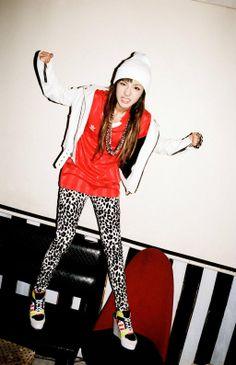 Image in Kpop Girls collection by Jewell Hearts Sandara 2ne1, Sandara Park, The Band, Kpop Girl Groups, Korean Girl Groups, Kpop Girls, 2ne1 Dara, Korean Fashion Kpop, South Korean Girls