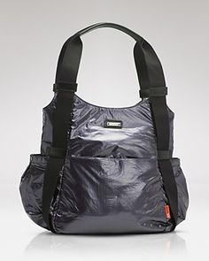Super modern diaper bag - as recommended by Little Baby Garvin.