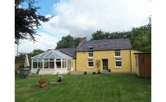 3 beds - Under Offer.  Blaen Einon , Trelech, #Carmarthen, Carmarthenshire. SA33 6SA #swwmedia A truly individual bespoke country home of style and charm comprising entrance hall, lounge, study, substantial conservatory, generously proportioned kitchen, 3 bedrooms and 2 bathrooms, Externally there are lawned gardens, ample off road parking, double garage and pleasant rural views. Clee Tompkinson Francis   22 Heol Egwlys  Ystradgynlais SA9 1EY  Site: www.ctf-uk.com Tel: 01639 844426