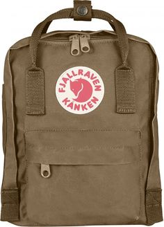 Kånken backpack in little format with a zipper that opens the whole main pocket. Removable sitting pad.