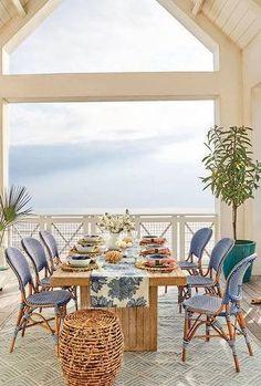 Coastal Living Dinin
