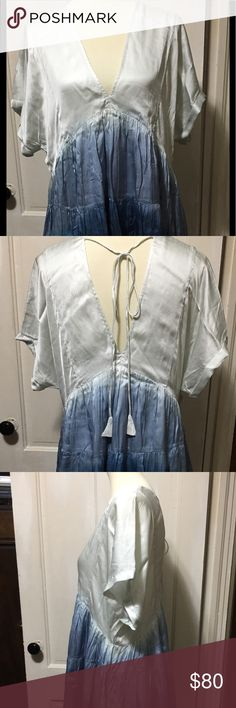 """🌸🌸Free People Tunic Dress🌸🌸 This beauty can either be a tunic or a mini dress.  The choice is yours.  It has side pockets, a tie in the back and is fully lined.  Tag says """"sky""""………but to me looks more like a teal/blue ombré.  Pit to pit is 23"""" and shoulder to hem is 32 1/2"""".   🌸🌸🌸🌸🌸🌸🌸🌸🌸🌸🌸🌸🌸🌸🌸🌸🌸 Free People Dresses Mini"""
