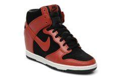 size 40 c4e6f f9ba6  Chaussures NIKE - Dunk sky high   Sarenza.com