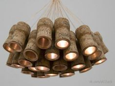 Светодиодный светильник из пробок от вина